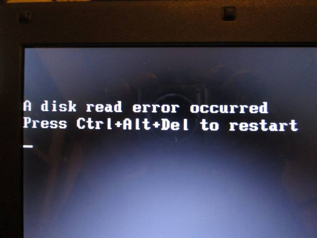 A disk read error occurred