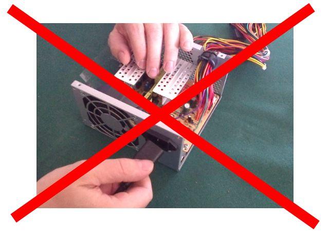 PC voeding elektrische schok gevaar