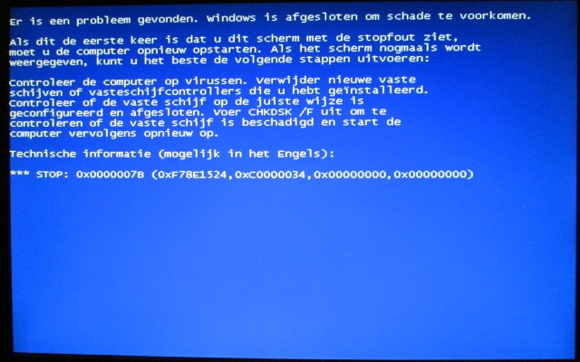 Blue Screen Of Dead (BSOD) 0x0000007b